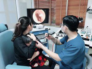 Đau tai: nguyên nhân, triệu chứng và cách điều trị.